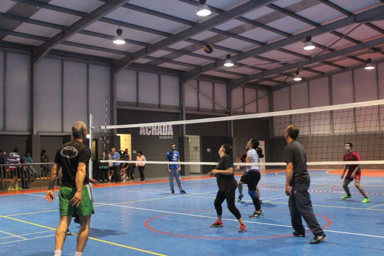 Arranque do torneio de voleibol