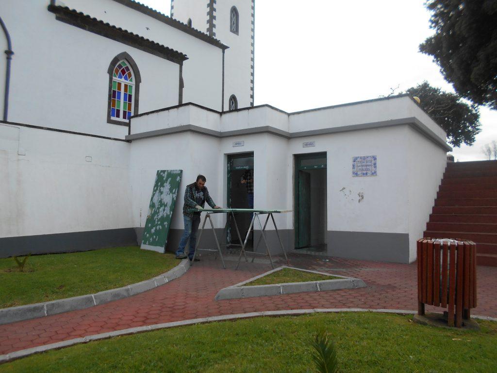 Beneficiação de sanitários públicos na freguesia da Salga