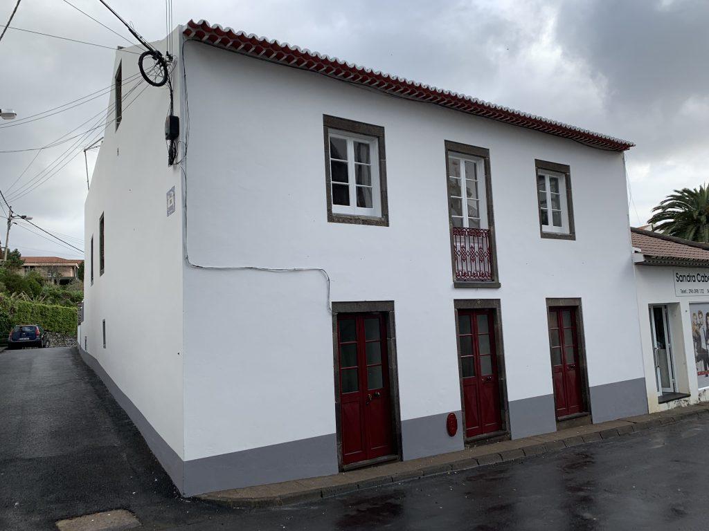 Retelho e pintura interior e exterior da Hospedaria São Jorge 1