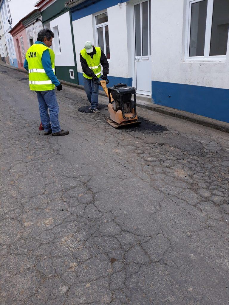 Beneficiação de pavimento - freguesia da Salga