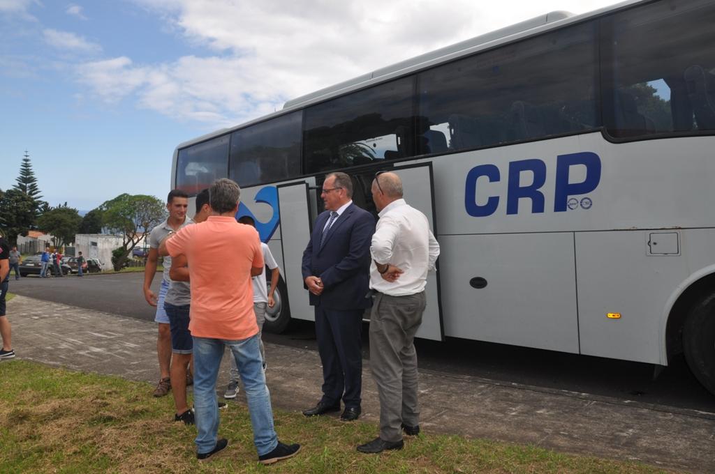Entrega Diplomas Quadro de Mérito e novo acesso para autocarros da EBS Nordeste