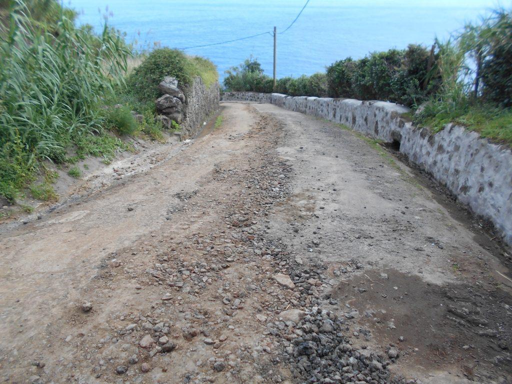 Reabilitação do Caminho do Porto de Pescas e execução de balneários - Vila do Nordeste (a)