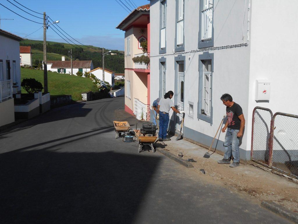 Reparação de passeios em São Pedro