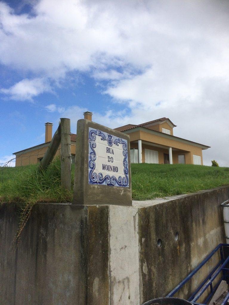 Reparação de toponímia - freguesia da Achada
