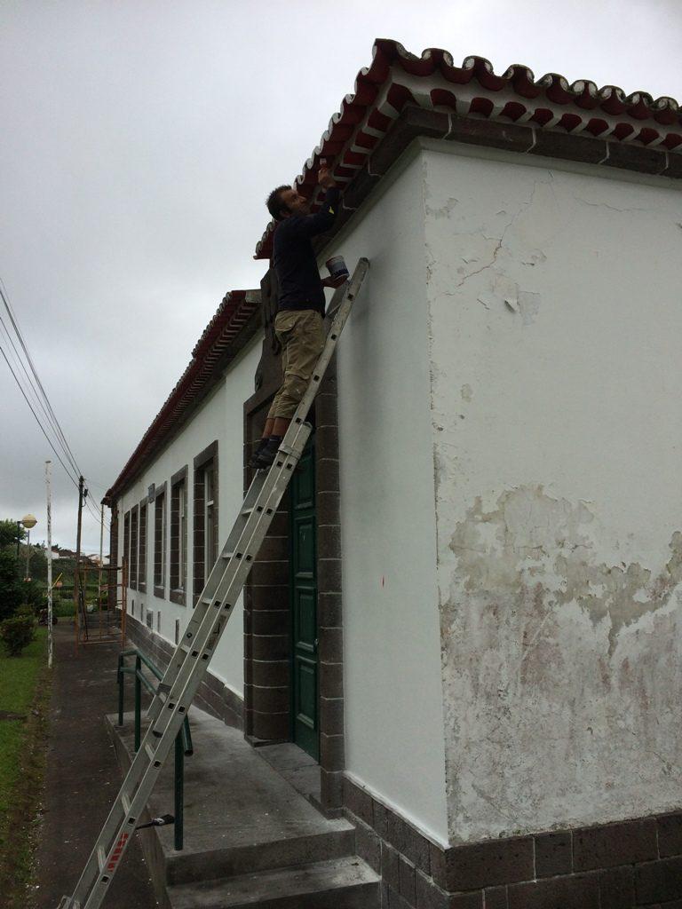 Reparações na Escola da Feteira Grande (2)