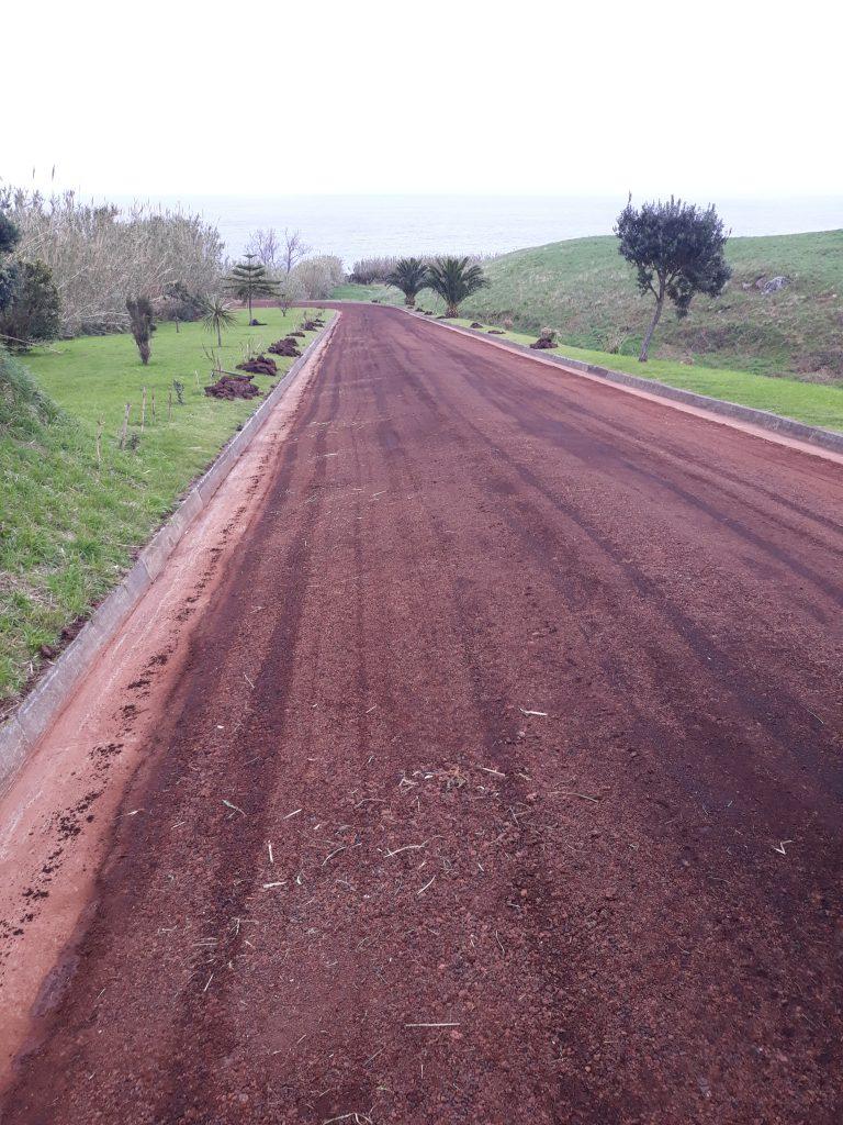Reparação do pavimento do acesso ao Pocinho - Ermida do Pranto