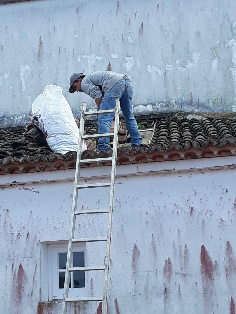Reparações na EBJI Manuel Inácio de Melo - Salga