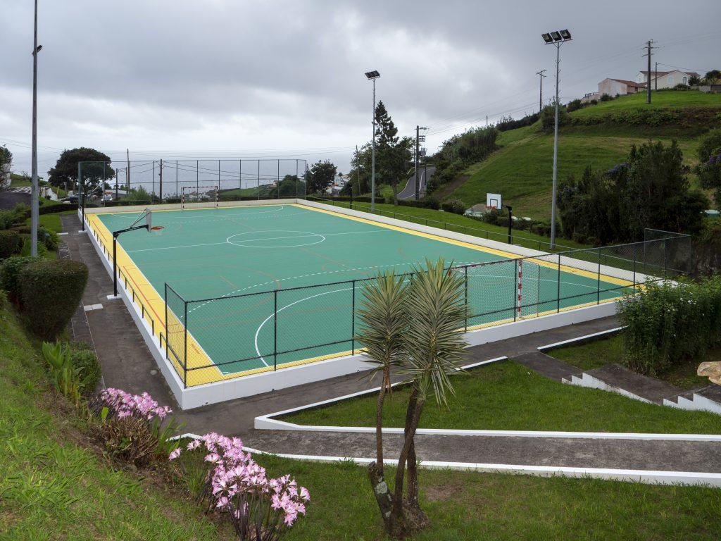 Beneficiação geral do campo de futebol da Pedreira (2)