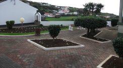 Limpeza e manutenção de caminhos e jardins pelo concelho