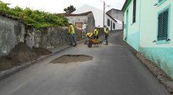 Correção de pavimento na Rua de Além - Vila do Nordeste
