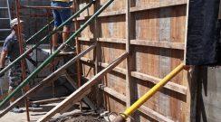 Reparação de muro no parque de máquinas do município