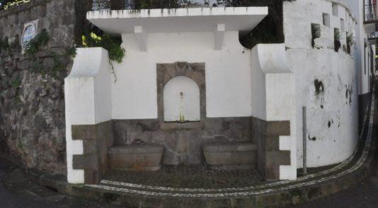 fontanario courelas vila do nordeste