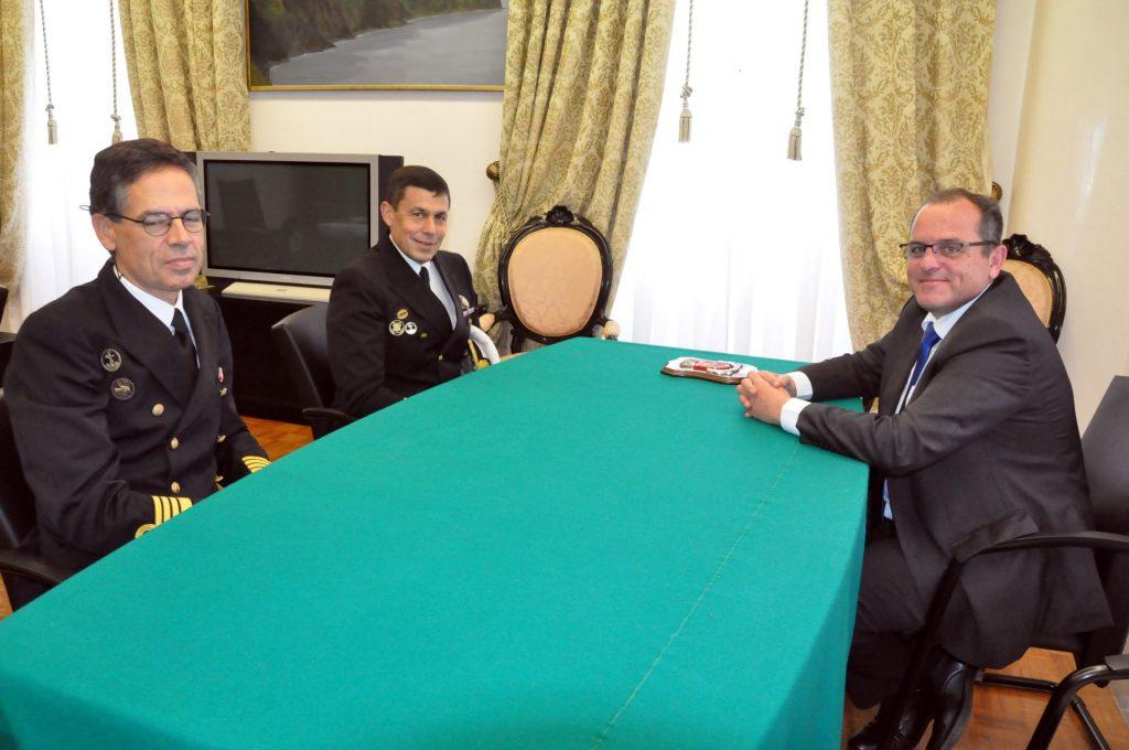 Câmara recebe capitão do Porto de Ponta Delgada