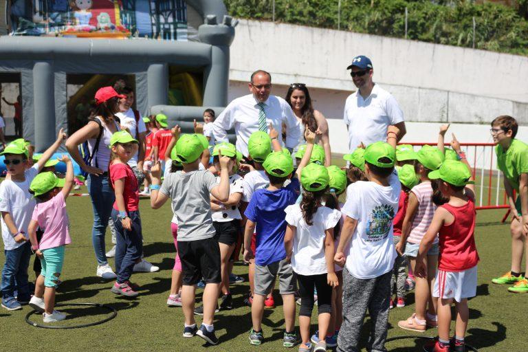 300 Crianças nas comemorações oferecidas pelo município do Nordeste