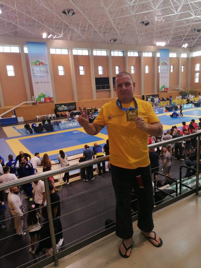Djalma Henares conquista 1º lugar de JIU-JITSU