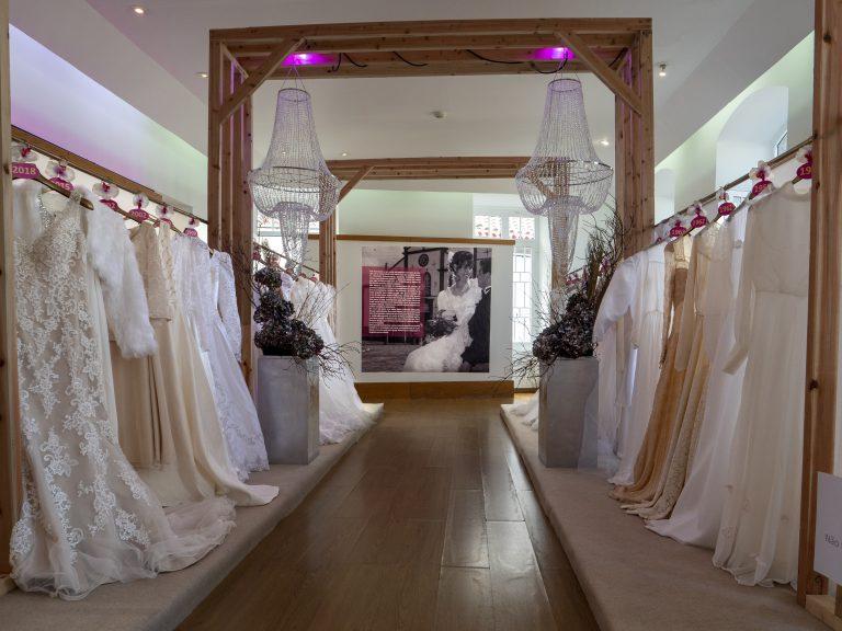 Viagem pelo Casamento do Século XX em exposição no Nordeste