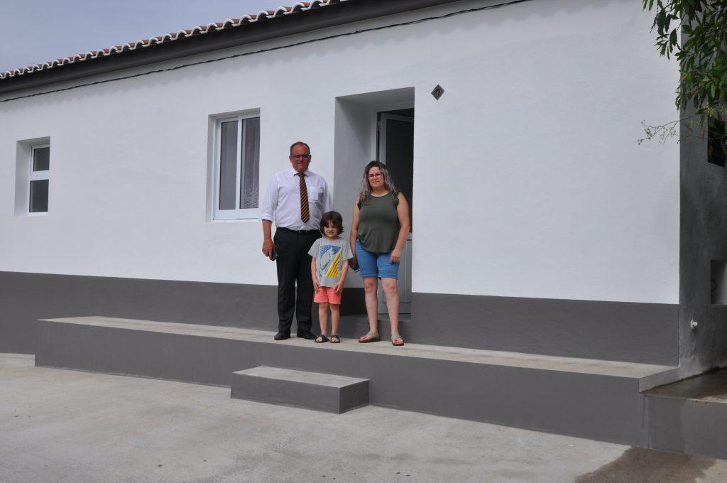 Câmara entrega mais uma habitação a família do concelho