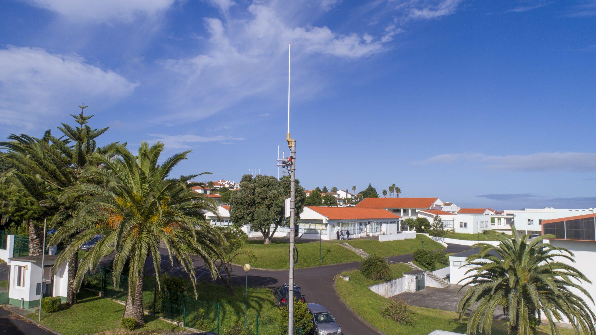 Câmara melhora Serviço Municipal de Proteção Civil com rádios, redes de radiocomunicações e viatura 4x4